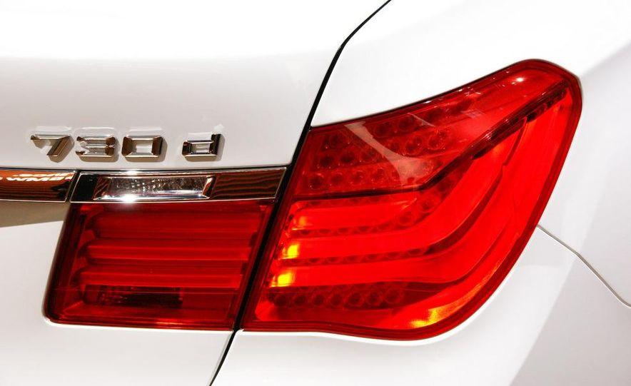 2009 BMW 730d (Not for U.S. sale) - Slide 5
