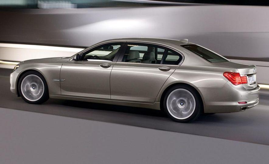 2009 BMW 730d (Not for U.S. sale) - Slide 21