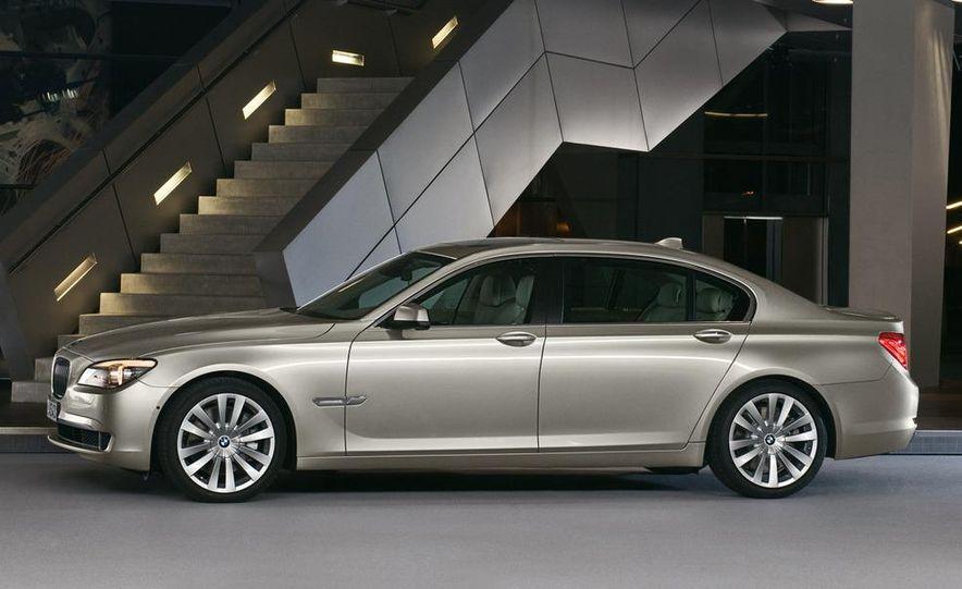 2009 BMW 730d (Not for U.S. sale) - Slide 20
