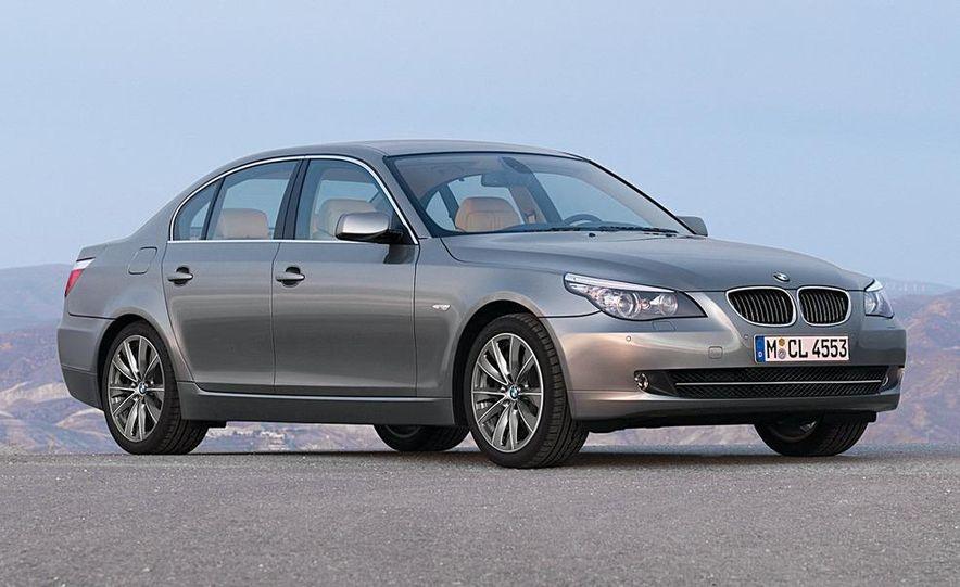 2010 BMW 5-series - Slide 19
