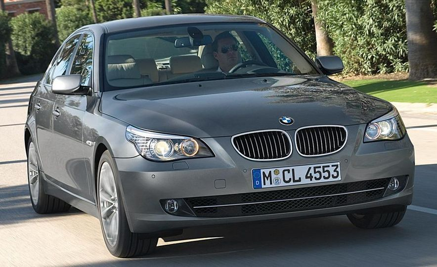 2010 BMW 5-series - Slide 23