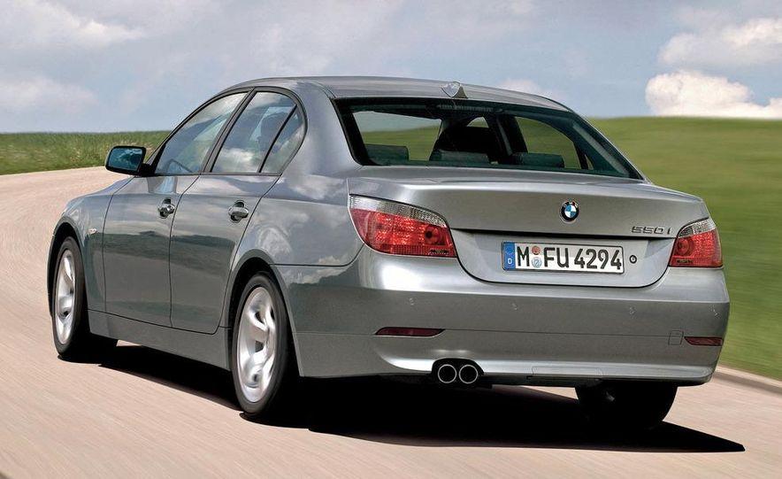 2010 BMW 5-series - Slide 28