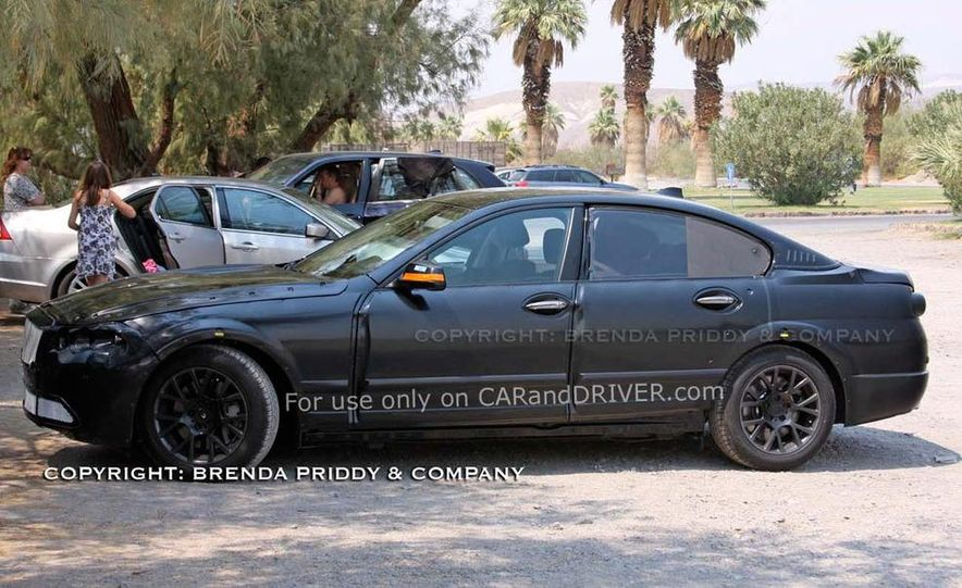 2010 BMW 5-series - Slide 12
