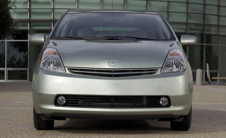 2008 Toyota Camry hybrid - Slide 24