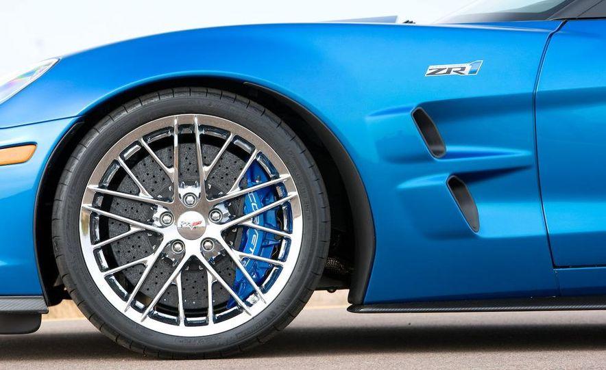 2009 Chevrolet Corvette ZR1 - Slide 17