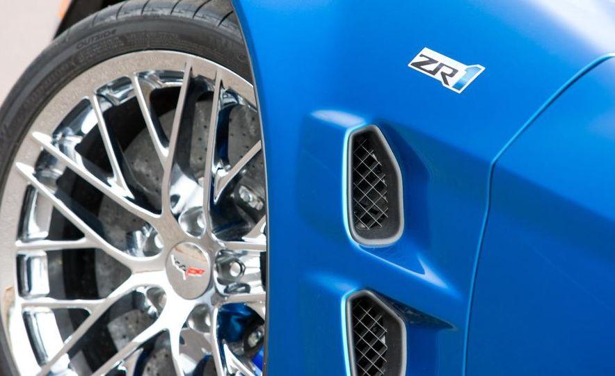 2009 Chevrolet Corvette ZR1 - Slide 19
