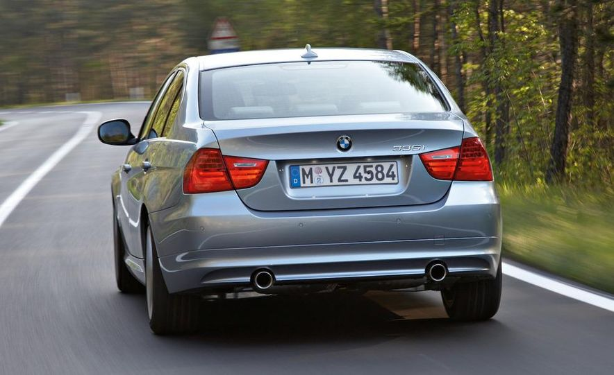 2009 BMW 3-series sedan - Slide 5