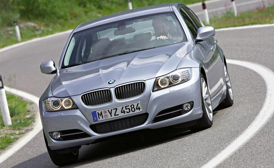 2009 BMW 3-series sedan - Slide 15