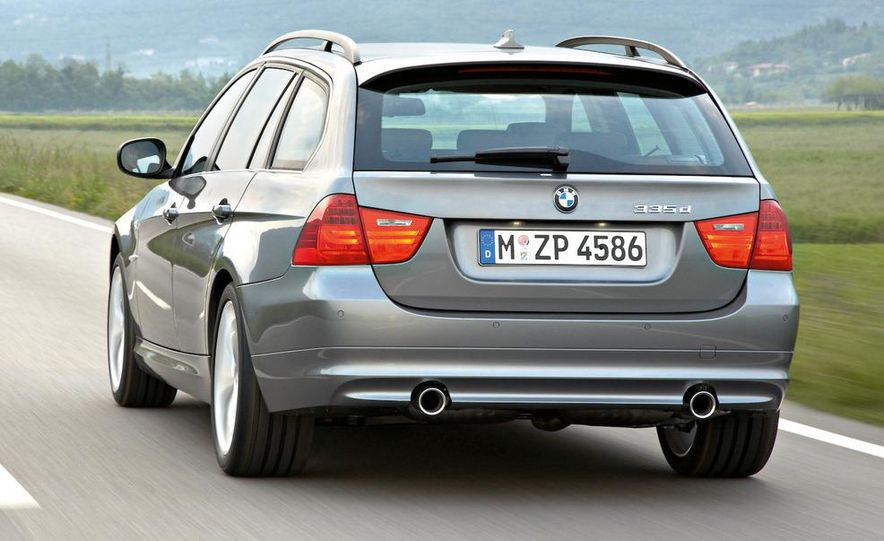 2009 BMW 3-series sedan - Slide 18