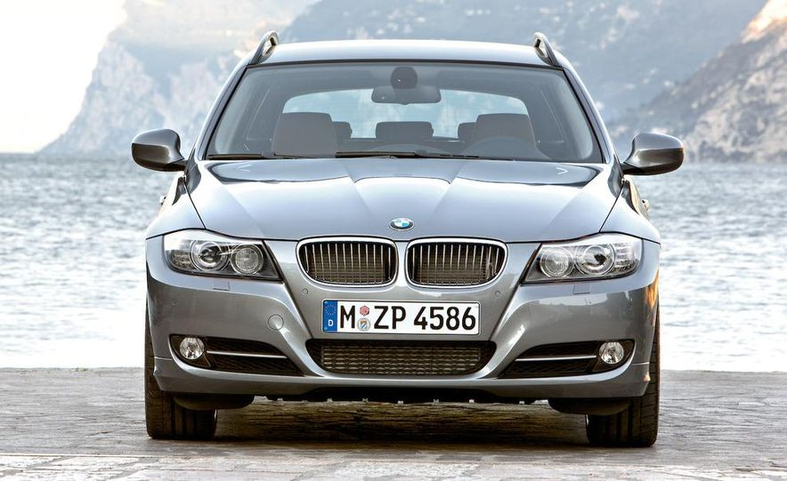 2009 BMW 3-series sedan - Slide 25
