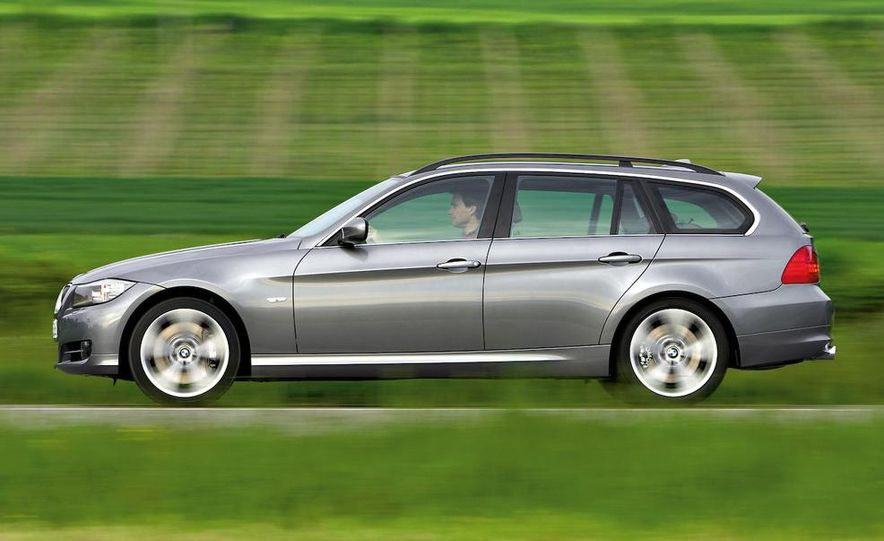 2009 BMW 3-series sedan - Slide 40