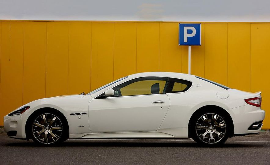 2009 Maserati GranTurismo S wheel - Slide 6