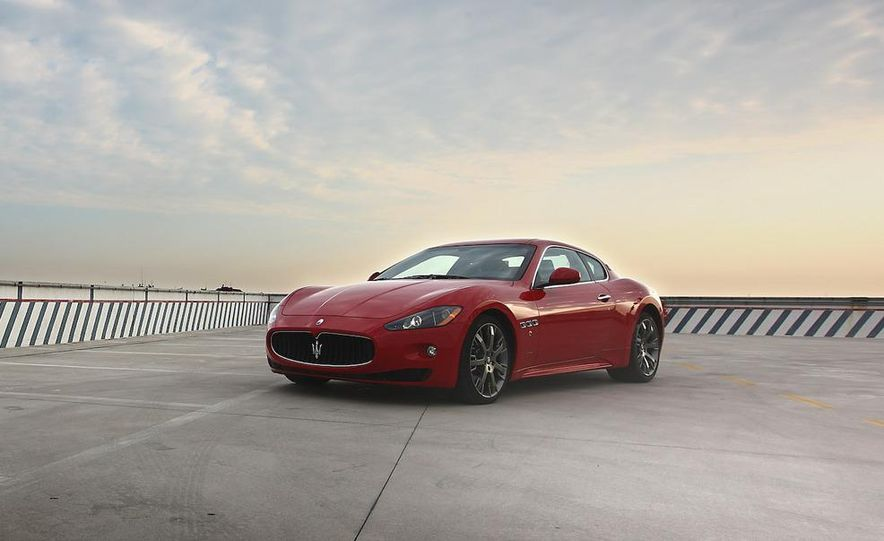 2009 Maserati GranTurismo S wheel - Slide 15