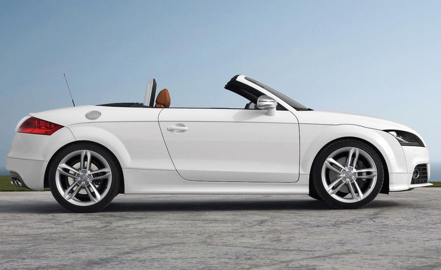 2009 Audi TTS coupe - Slide 11