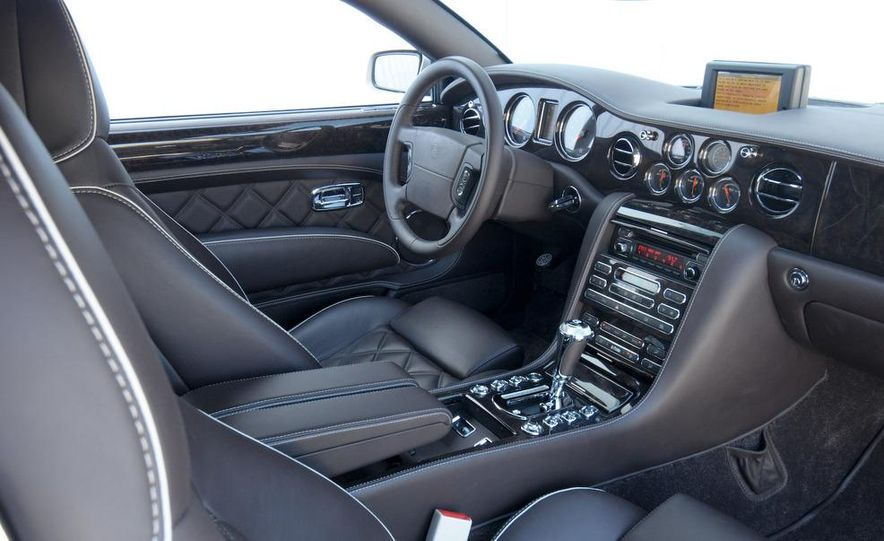 2009 Bentley Brooklands interior - Slide 1