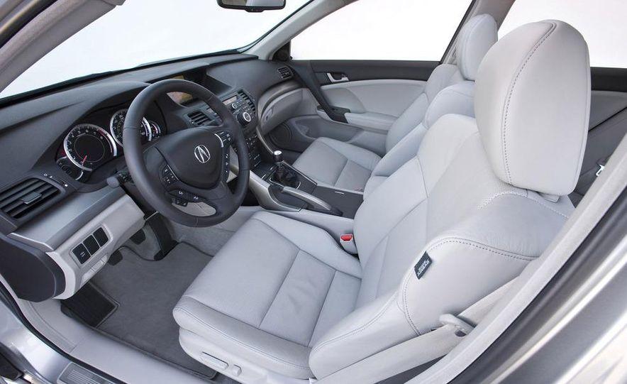 2008 Acura MDX interior - Slide 17