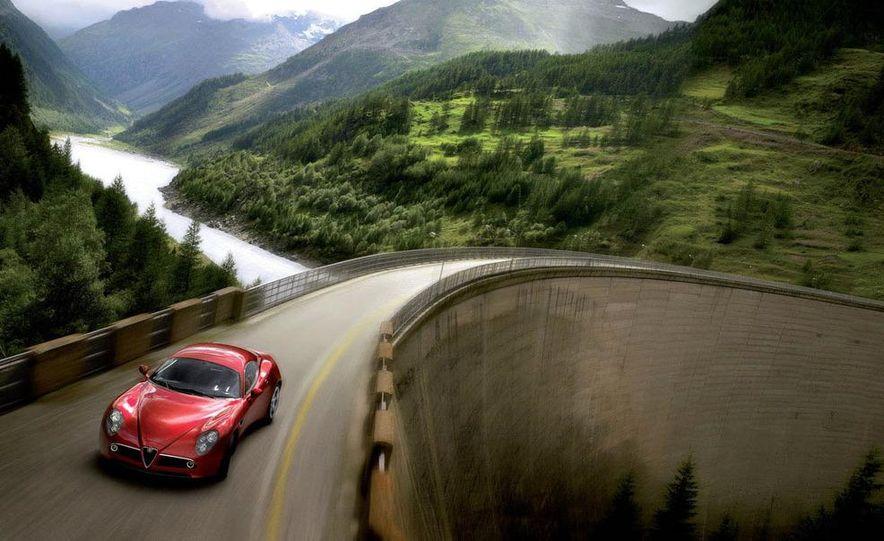 2009 Alfa Romeo 8C Competizione - Slide 9