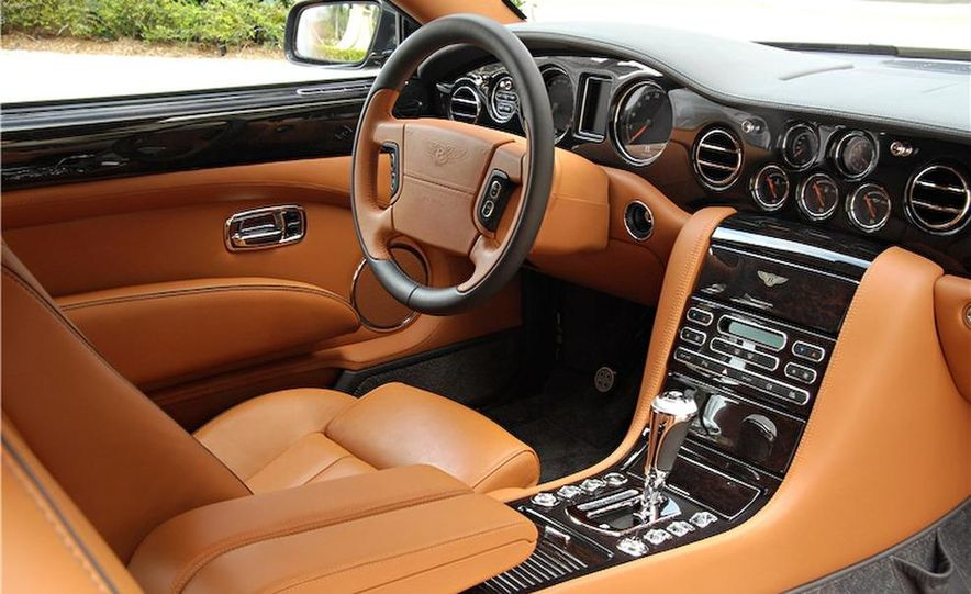 2007 Bentley Azure - Slide 6