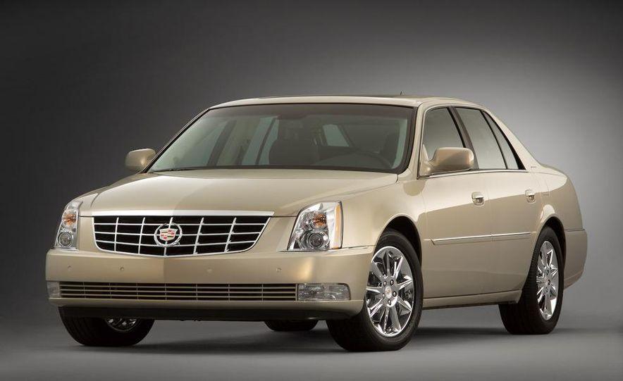 2009 Cadillac DTS Platinum - Slide 1