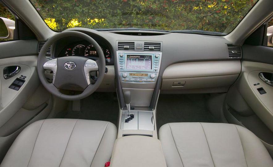 2008 Toyota Highlander hybrid - Slide 18