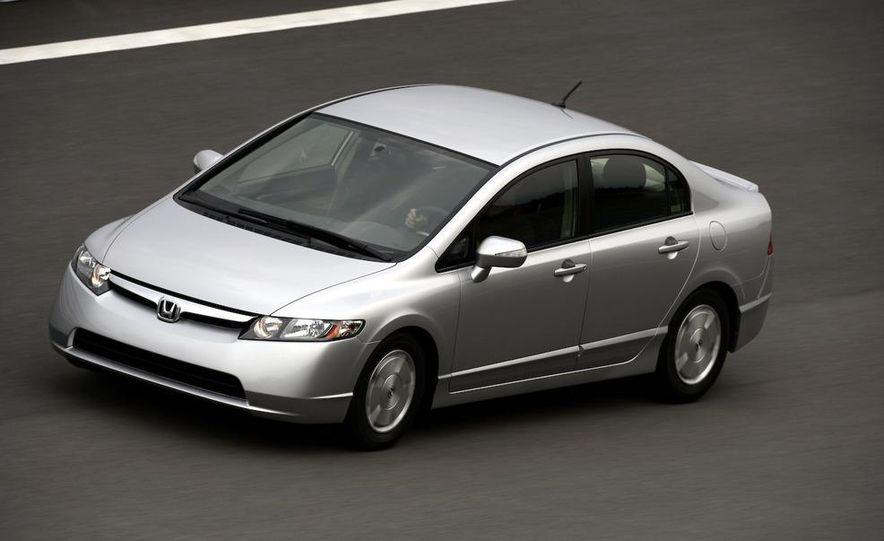 2008 Honda CR-V - Slide 9