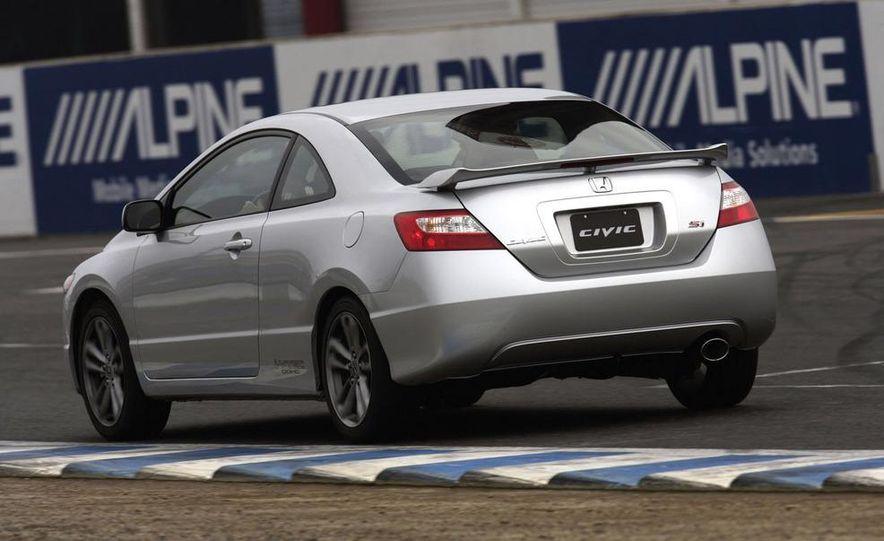2008 Honda CR-V - Slide 12