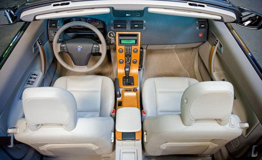 2009 Volvo XC90 interior - Slide 5