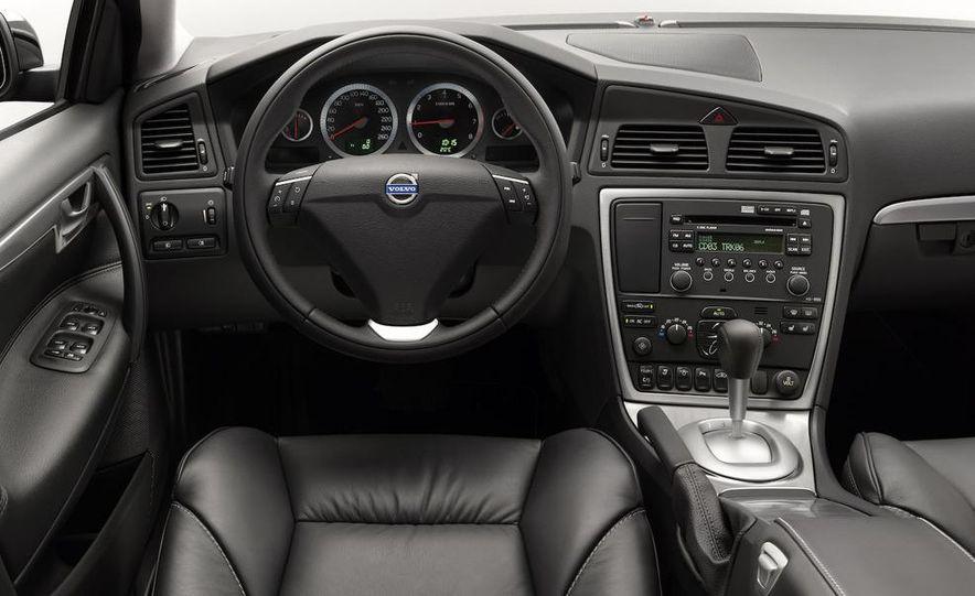 2009 Volvo XC90 interior - Slide 22