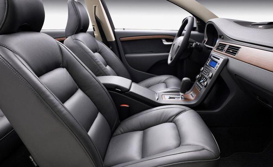 2009 Volvo XC90 interior - Slide 27