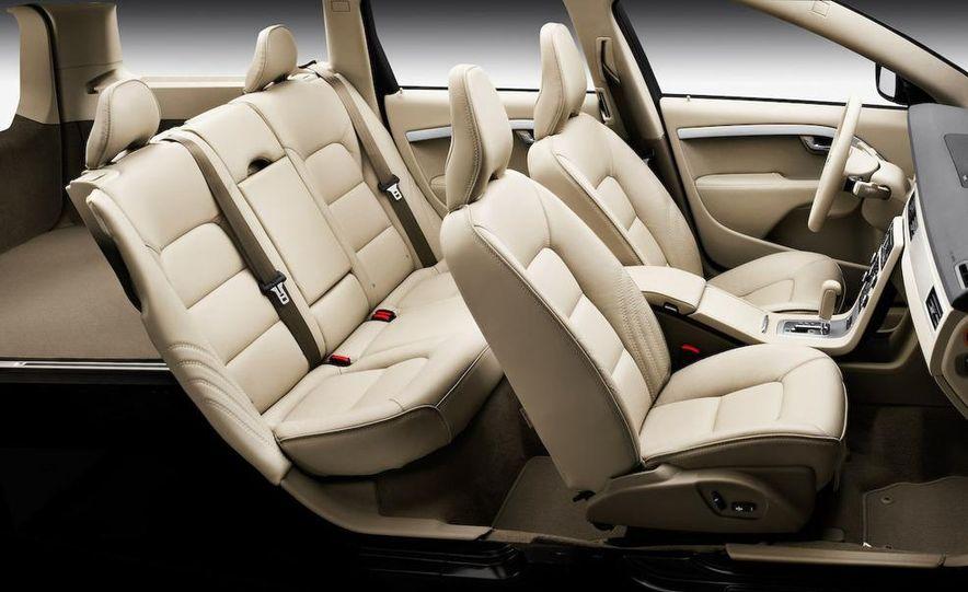 2009 Volvo XC90 interior - Slide 20
