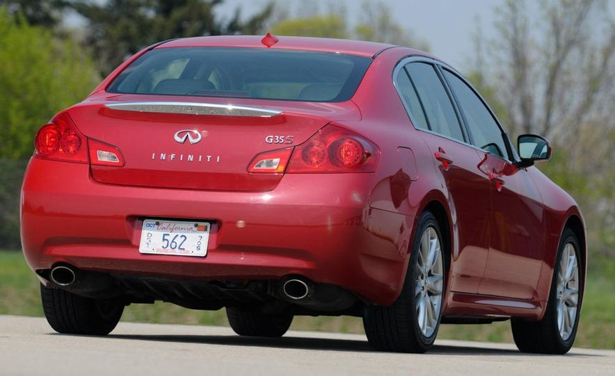 2007 Infiniti G35 Sport 6MT 3.5-liter V-6 engine - Slide 8