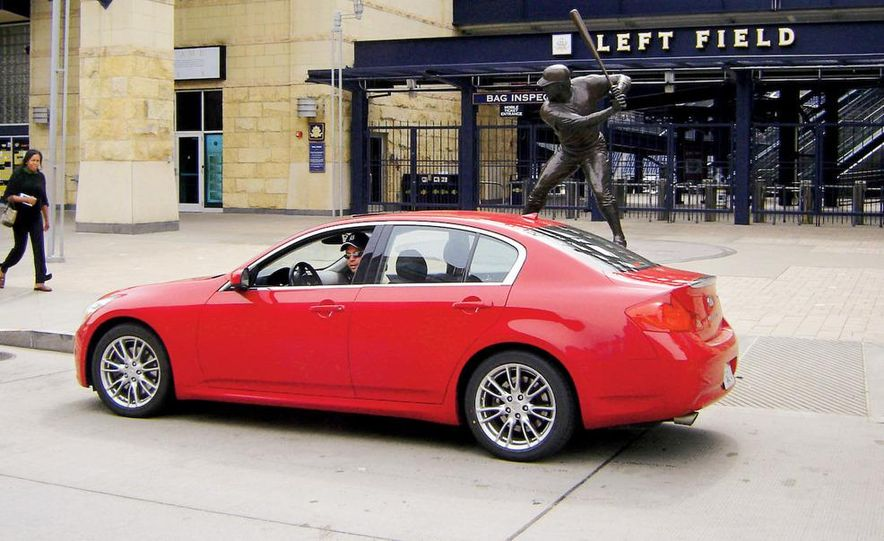 2007 Infiniti G35 Sport 6MT 3.5-liter V-6 engine - Slide 18