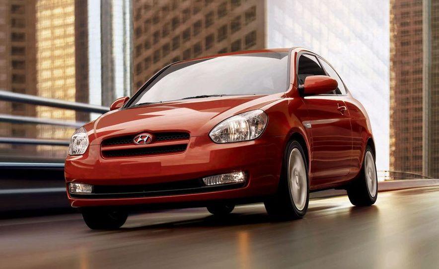 2009 Hyundai Elantra Touring - Slide 8