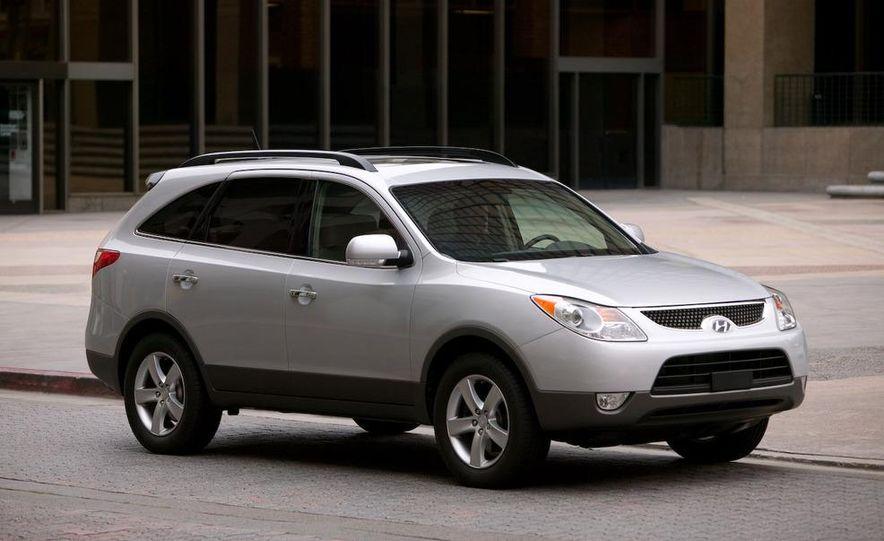 2009 Hyundai Elantra Touring - Slide 2
