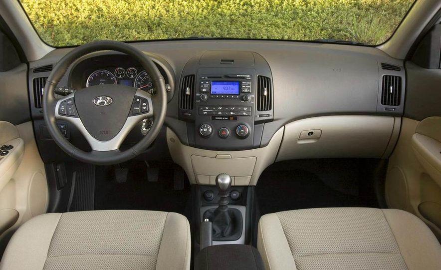 2009 Hyundai Elantra Touring - Slide 20