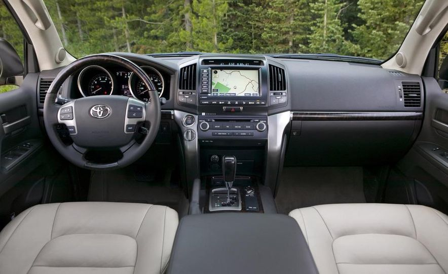 2008 Toyota Avalon - Slide 18