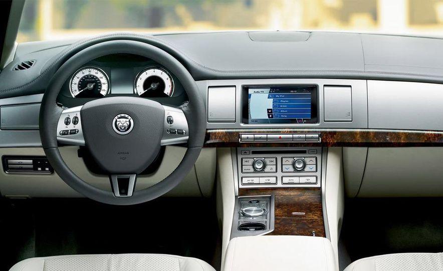 2009 Jaguar XJ Portfolio Edition - Slide 13