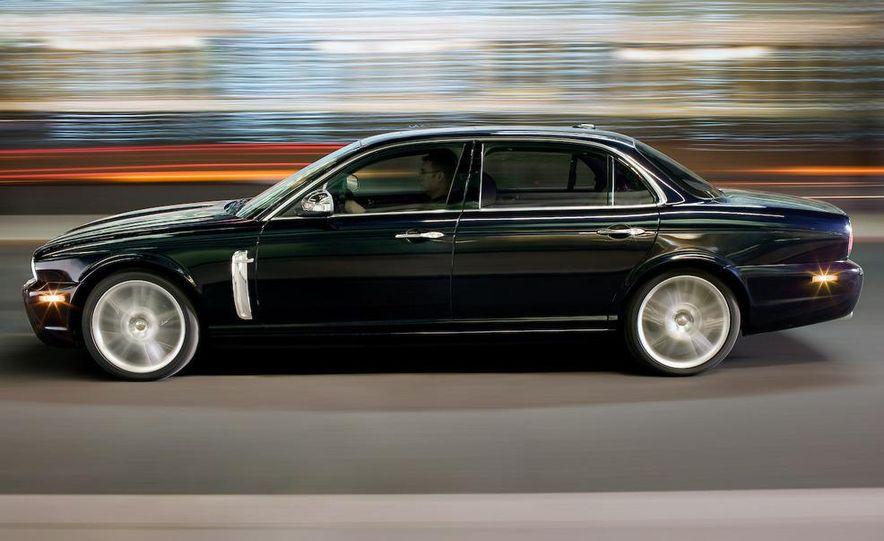 2009 Jaguar XJ Portfolio Edition - Slide 33