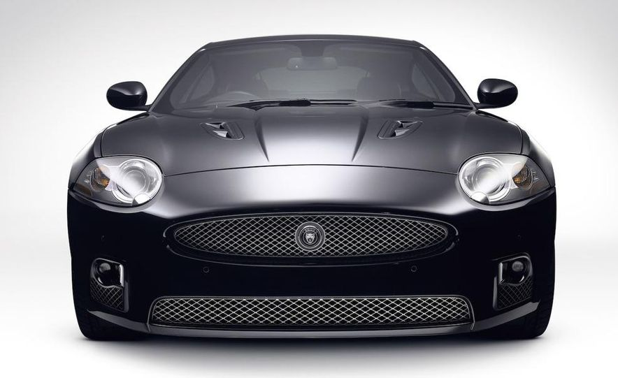 2009 Jaguar XJ Portfolio Edition - Slide 18