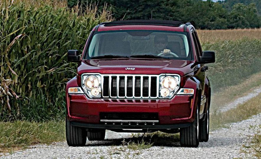 2008 Jeep Wrangler interior - Slide 20