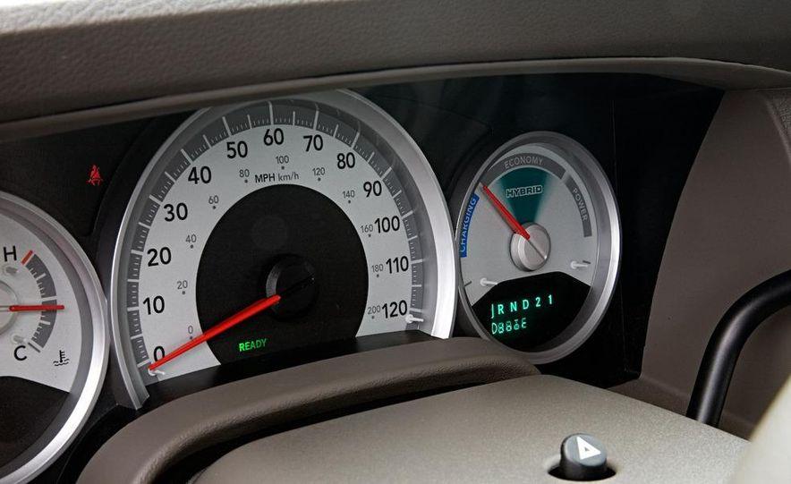 2009 Dodge Durango hybrid - Slide 12