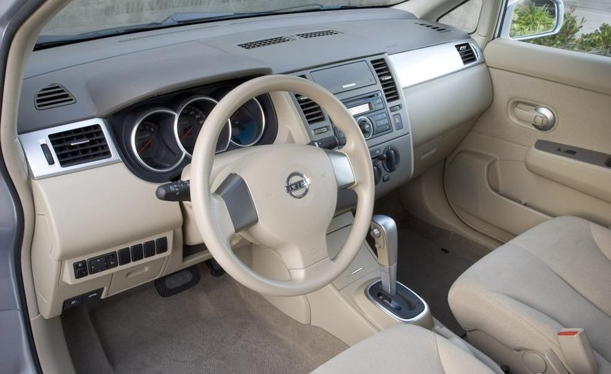 2009 Nissan Murano interior - Slide 50