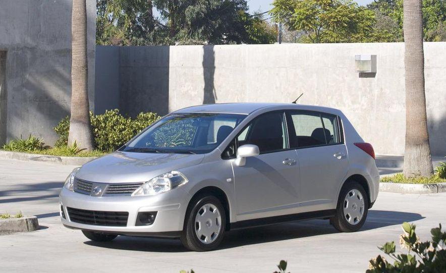 2009 Nissan Murano interior - Slide 27