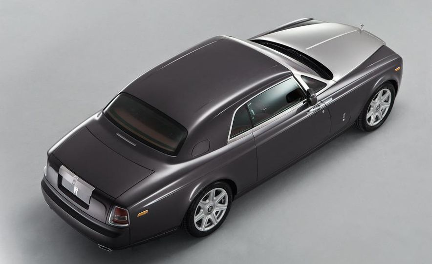 2008 Rolls-Royce Phantom Drophead Coupe interior - Slide 13