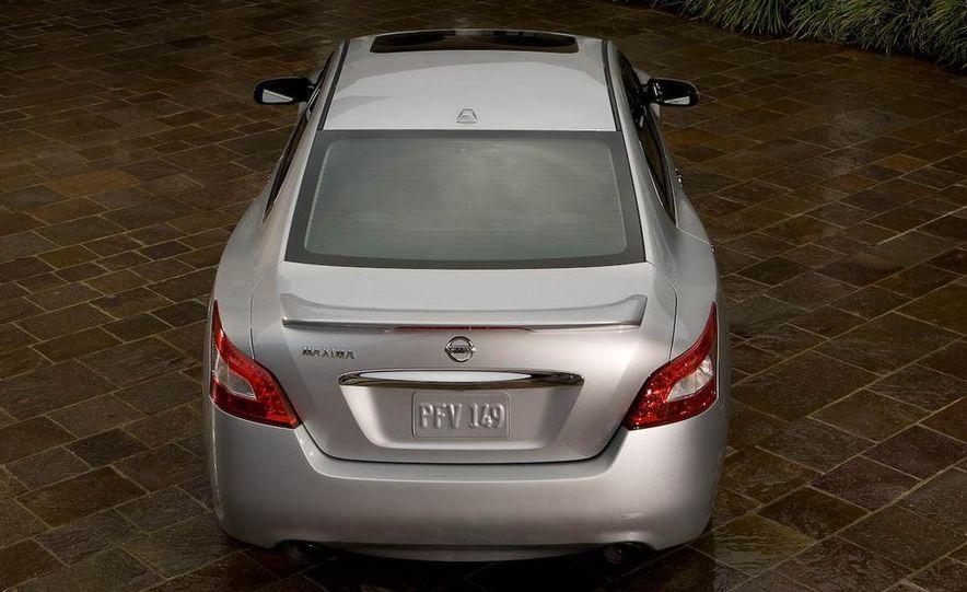 2008 Nissan Versa - Slide 26