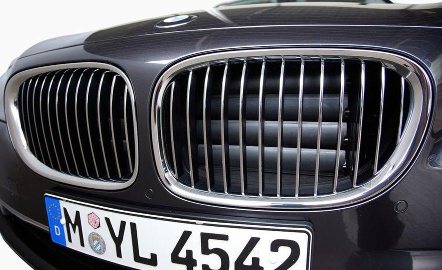2009 BMW 7-series - Slide 64