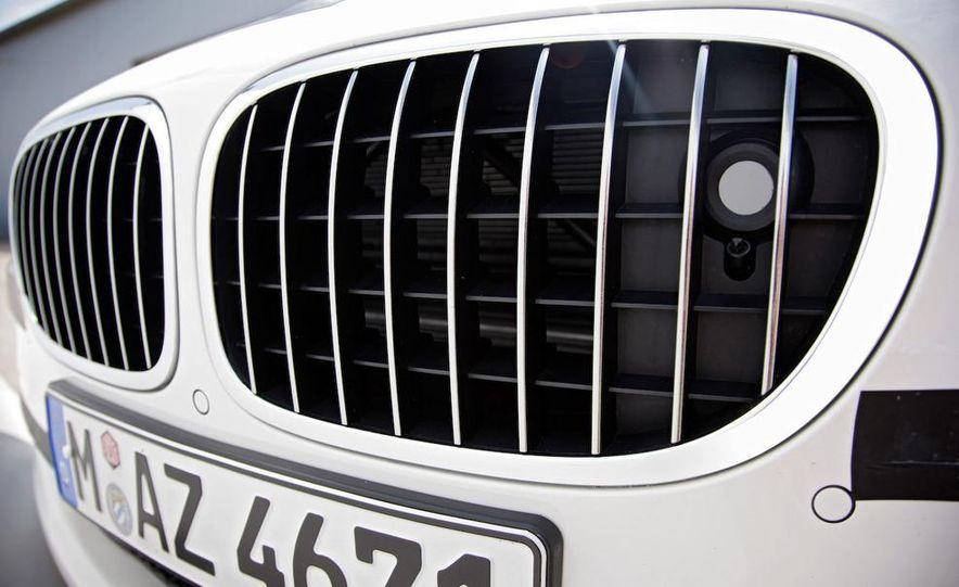 2009 BMW 7-series - Slide 62