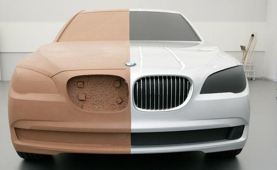 2009 BMW 7-series - Slide 30