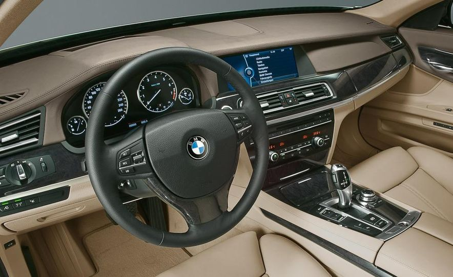 2009 BMW 7-series - Slide 52