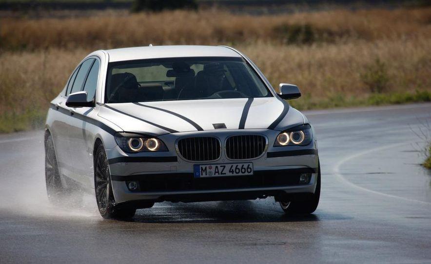 2009 BMW 7-series - Slide 1